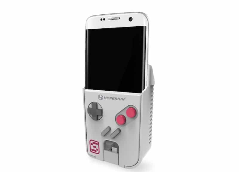 This accessory turns your smartphone into a Game Boy