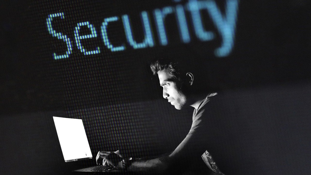 Adrozek hijacking malware