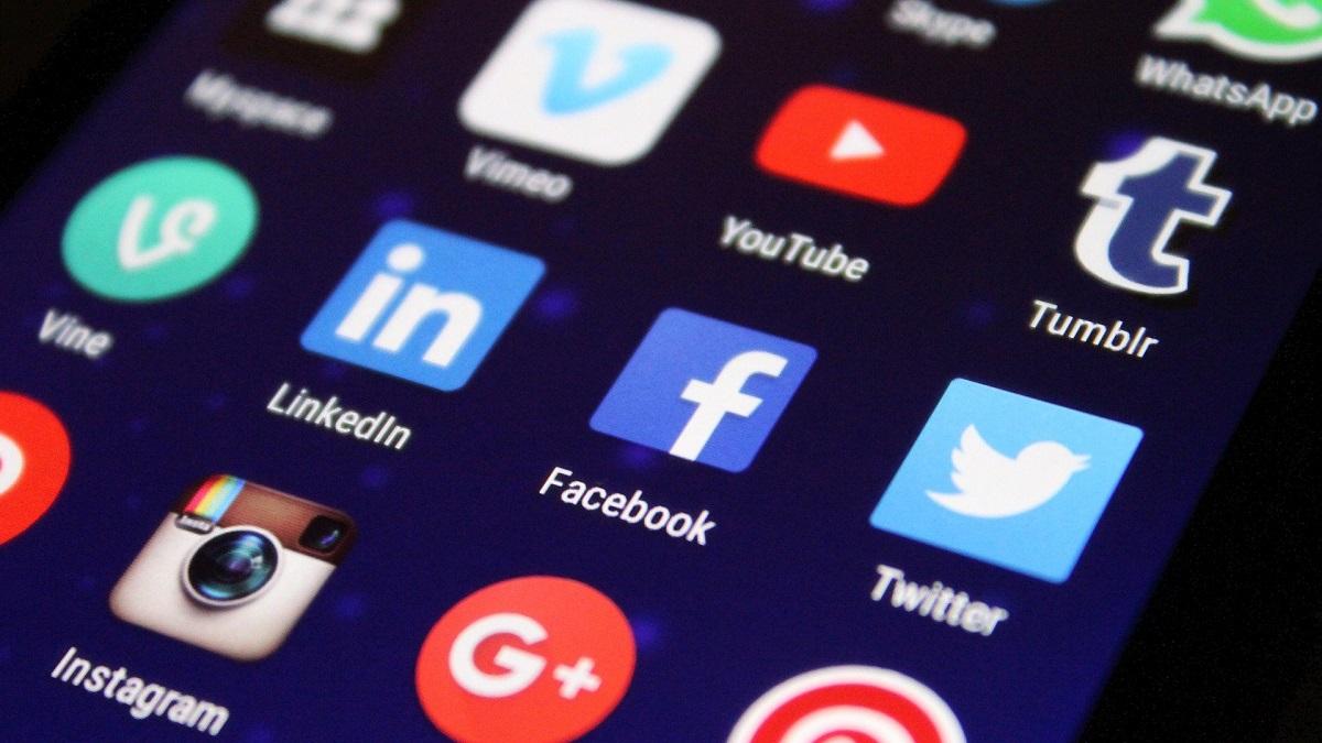Facebook App Microsoft Store PWA