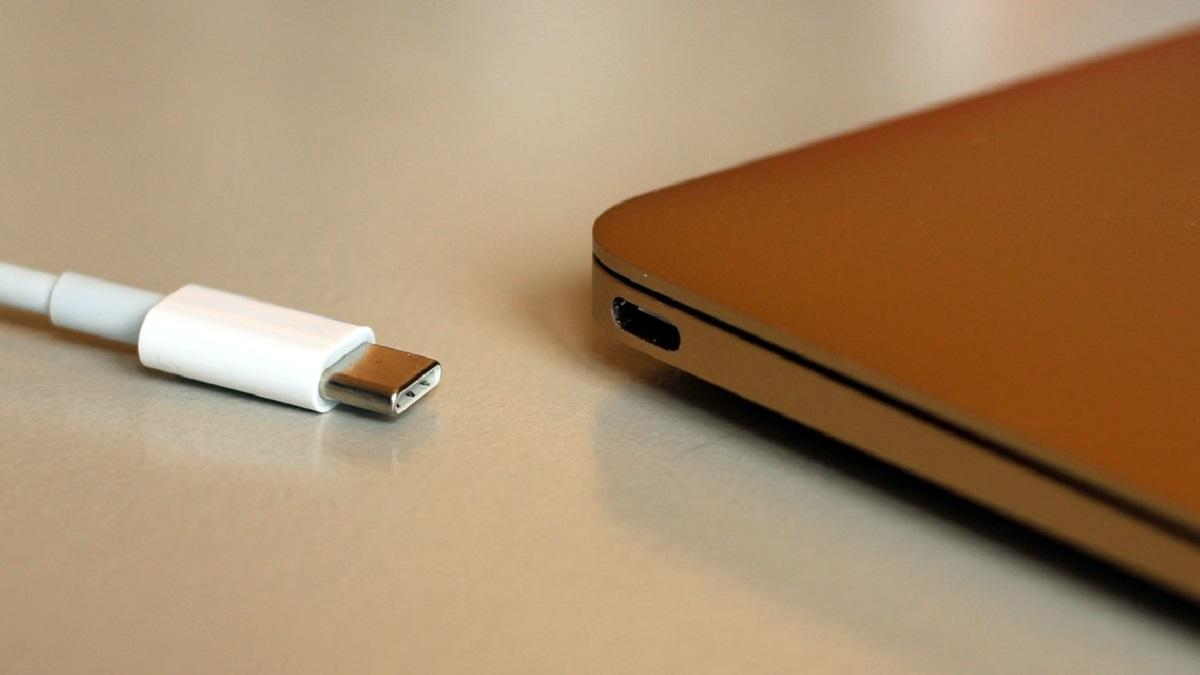 USB Type-C Port European Comission Apple Inc. iPhone Lightning Cable