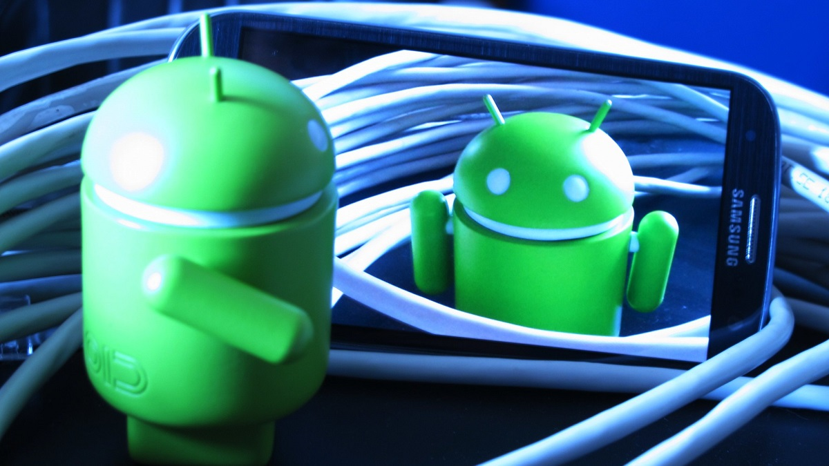 Android Smartphones Privacy Issues